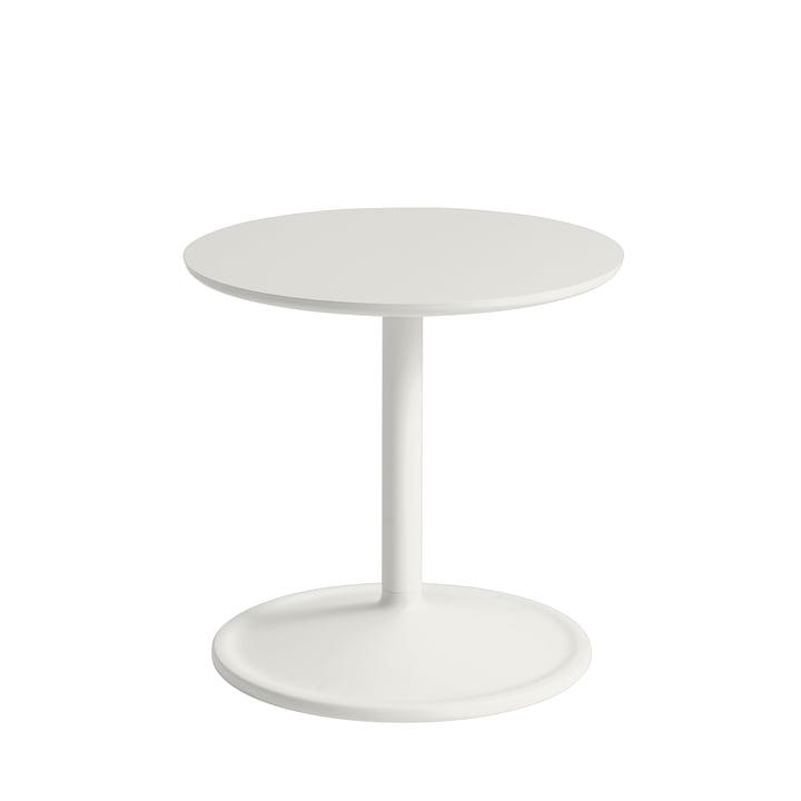 Soft sidebord Ø 41 cm, H 40 cm fra Muuto i off-white
