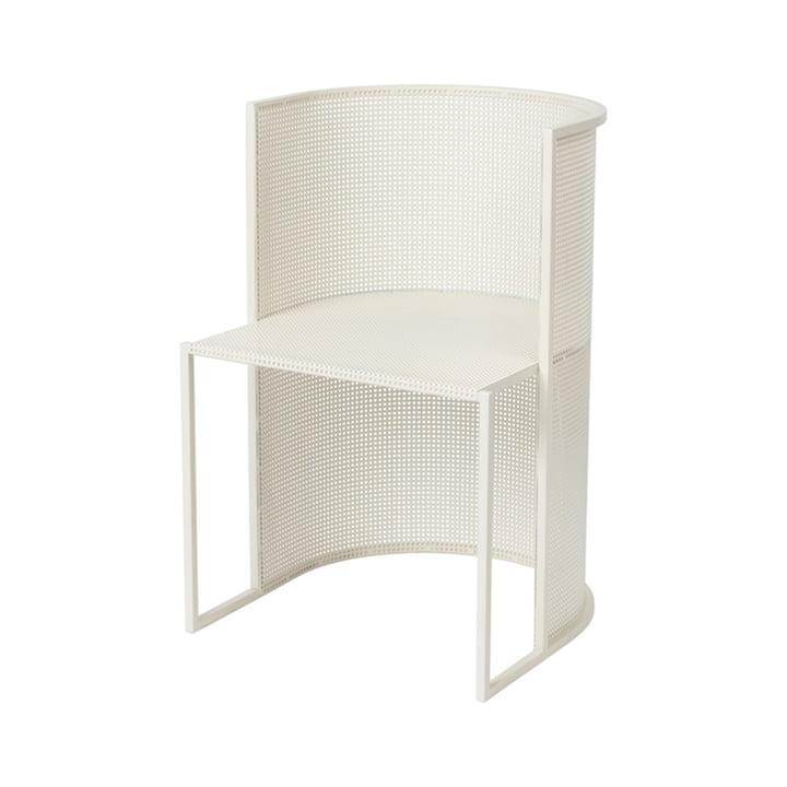 Bauhaus stol udendørs af Kristina Dam Studio i beige