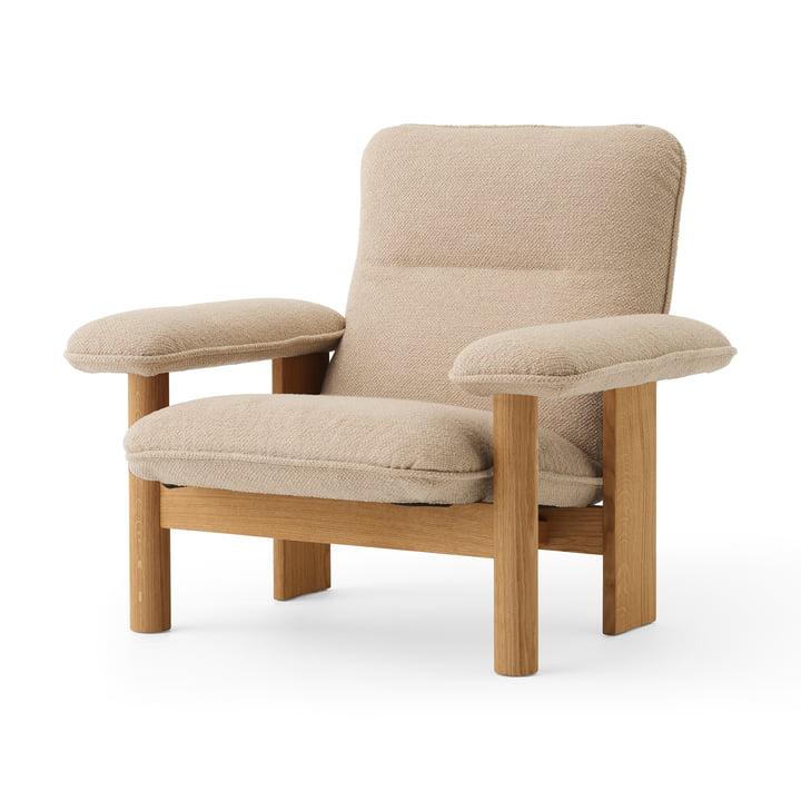 Brasilia Lounge Chair, naturlig eg / Bouclé beige fra MENU
