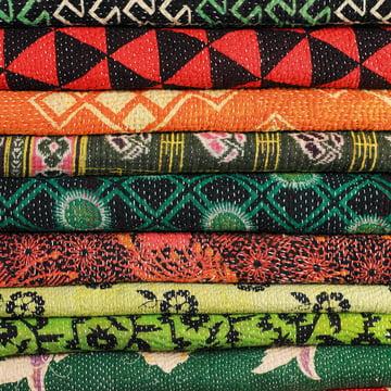 Hay – Antique tæppe – detaljer, stoffer
