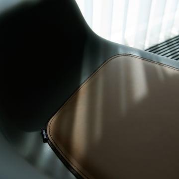 Stolehynde fra LindDNA til Eames stol og Hay stol