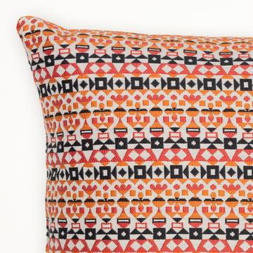Arabesque pudebetræk, 30 x 40 cm fra Vitra i orange og pink