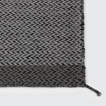 Muuto – Ply tæppe, mørkegråt
