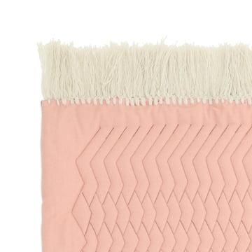 Trace tæppe fra Normann Copenhagen i lyserød/sandfarvet