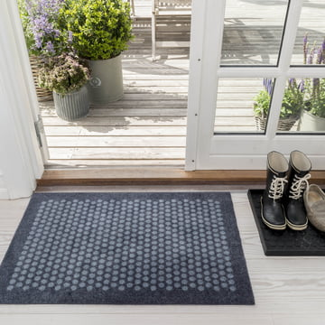 tica copenhagen – dørmåtte i Dot design i grå, 60 x 90 cm