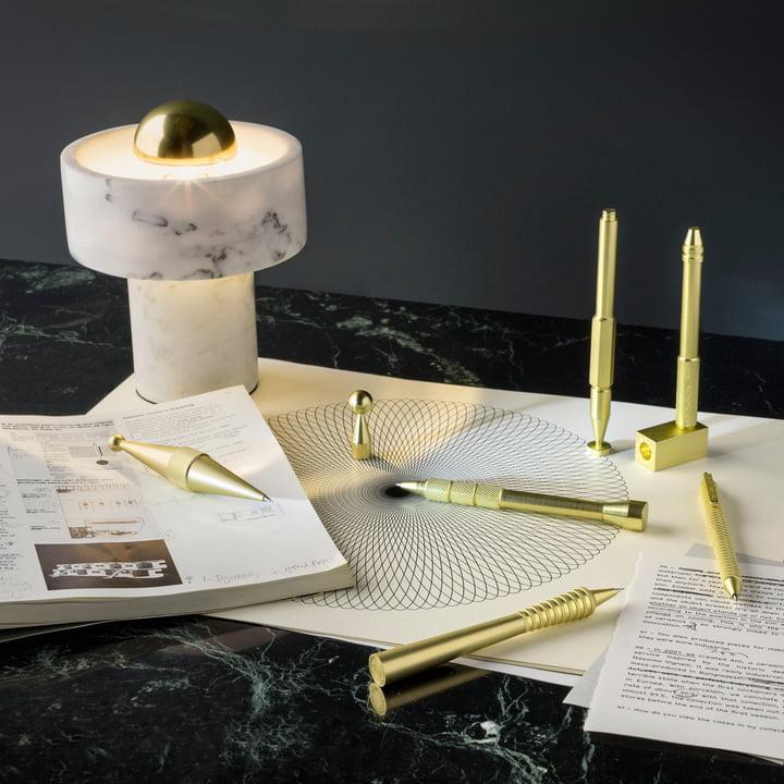 Stone bordlampe og Cog blyanter fra Tom Dixon