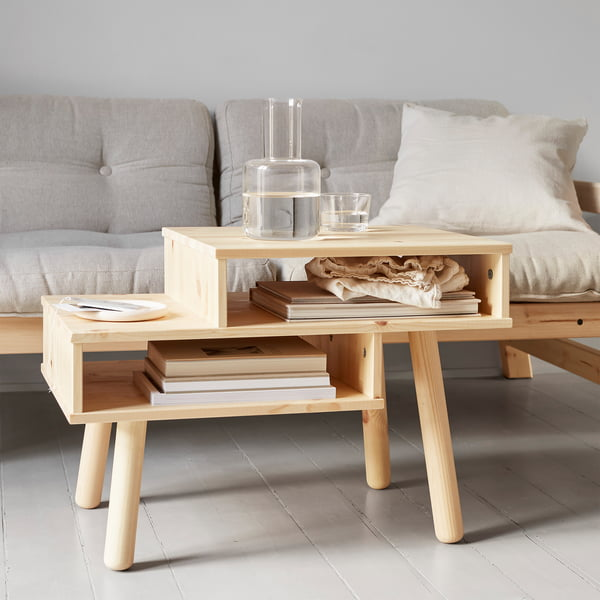 Hako sofabord i naturen af Karup Design foran sofaen